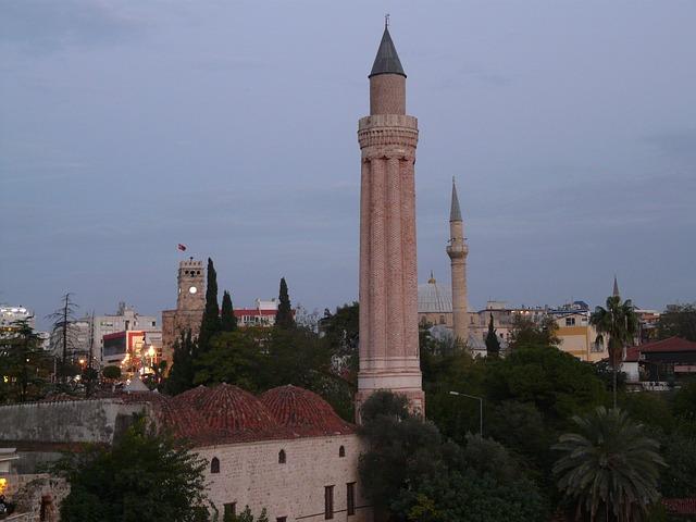 antalya-minareto-yivli-kaleici